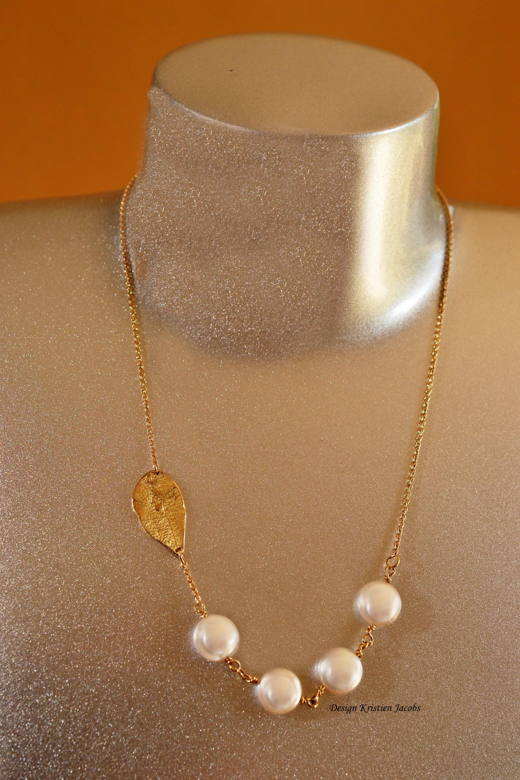Halsketting olm collectie geel goud met parels